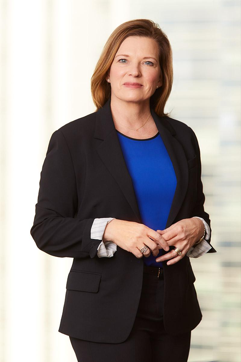 Hero portrait of ECM female associate