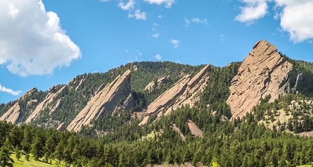 Flatiron Mountains